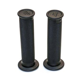 DOMINO trial grips